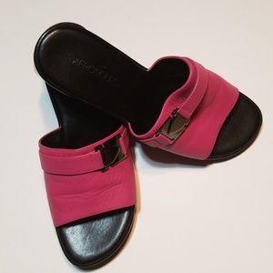 Hot pink Aerosoles sandal